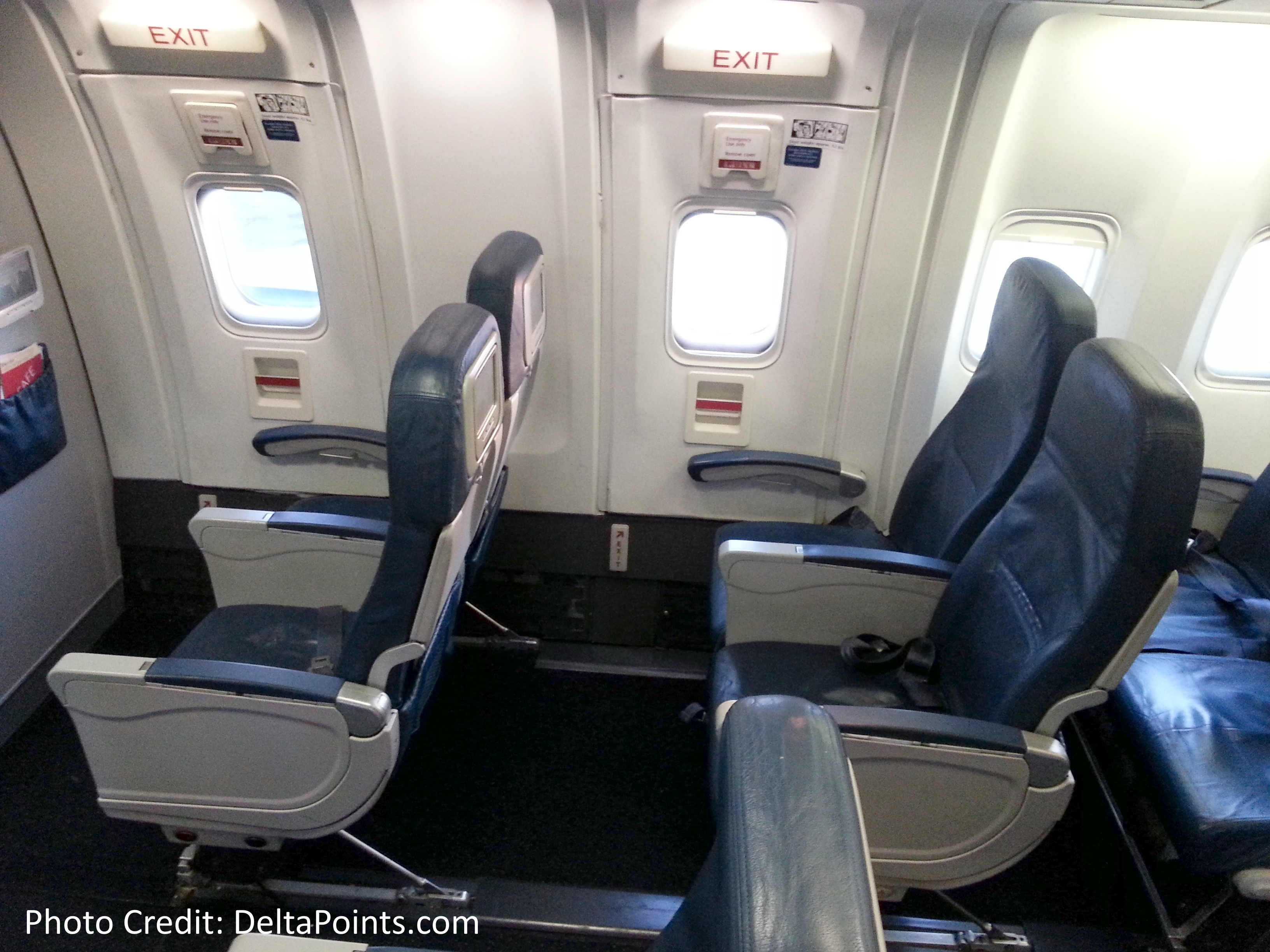 Delta-767-300-domestic-coach-exit-row-26-seat-1-Delta-points-blog